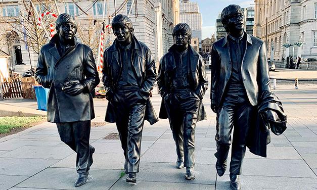 Estatua Beatles Liverpool
